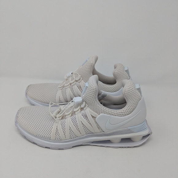 separation shoes c2bba d87b1 Select Size to Continue. M 5c5673fa035cf19ebf19debf